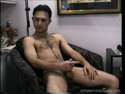 Description Blowing Hairy Straight Boy Paulie