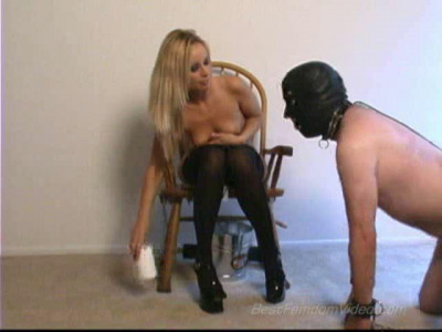 Bonnie Caught — Domination HD