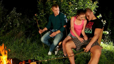 Grilling Up A Hearty Serving Of Bisex (check, three, homosexual male, vid, guys)