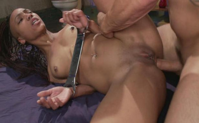 Nikki Darling – Black Pussy Punishment