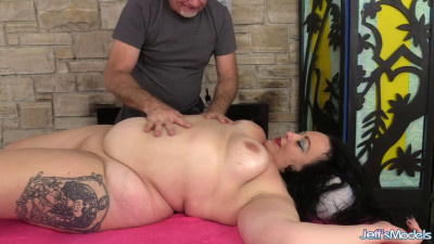 Calista Roxxx - Naughty Fat Rubdown