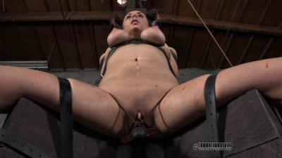 Sister Dee Cracks Part 3 Sister Dee and Alexxa Bound
