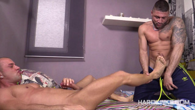 Hard Kinks - Fucked By The Str8 (Antonio Aguilera, Max Toro)