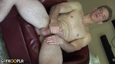 Gh – Blonde Jock Alan Cooper Jerks His Uncut Cock