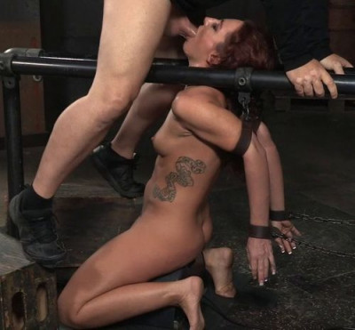 step time (Redhead Savannah Fox Chained To A Sybian).