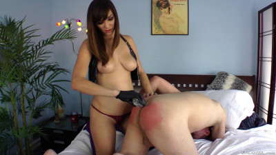 Holly Michaels – Miss Teen Strap America Pt 2