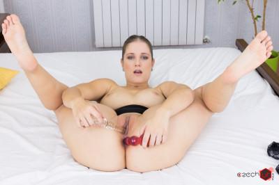 Jennifer Penetrating Herself - Jennifer Amton - Full HD 1080p