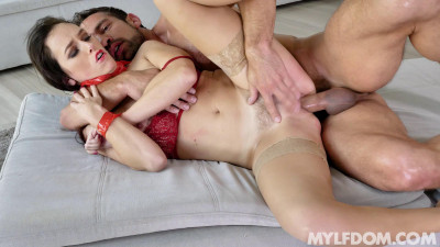 Alana Cruise – Submissive Pussy Payments