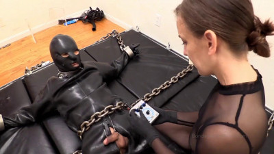 Bondage Liberation - Elise Is Delighted To Kino With Heavy Rubber