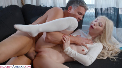Kenzie Reeves – Hired to fuck man (2021)