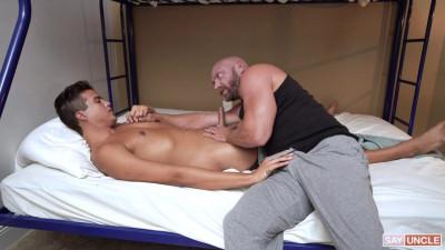 Knox & Johnny Bandera – Cum Before Bed