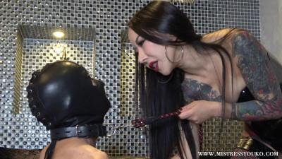 Japanese Mistress Youko - Persistent Nipple Play