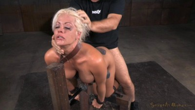 Holly Heart – Tanned MILF Bent Over In Bondage And Used Hard From Both Ends (2015)