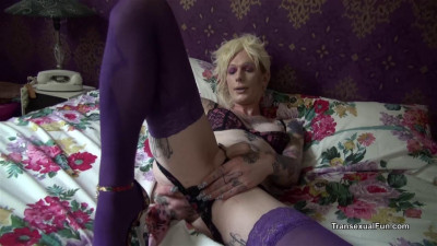 Transexual Shows Off For You
