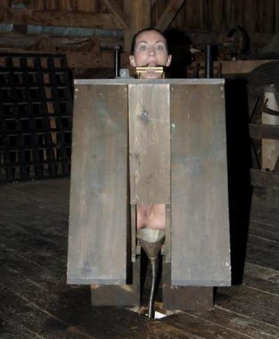 Bitch in a Box – Wenona