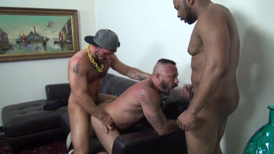 Description Aarin Asker, Alessio Romero & Ray Diesel