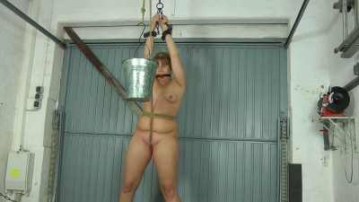 Water Pussy Torture — Lissy — Full HD 1080p