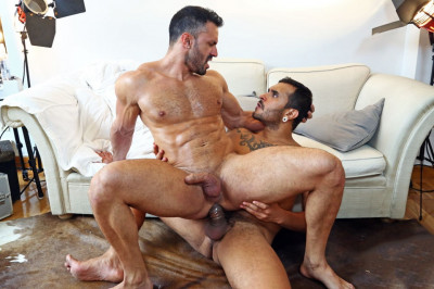 Flex Xtremmo, Lucio Saints