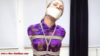 I love Bondage – Extrem tight rope bondage