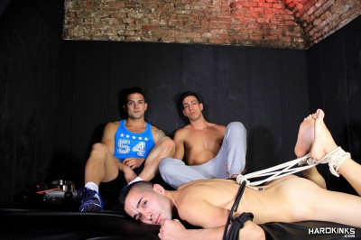 Hard Kinks - As Above, Not Below - Lucas Costa, Dylan Ayrton & Rafa Marco