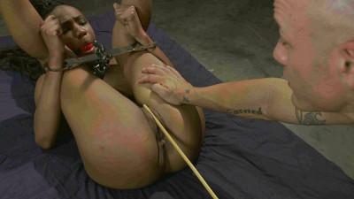Black Pussy Nikki Darling Punishment