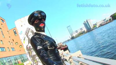 Description Berlin Sunshine - Full HD 1080p