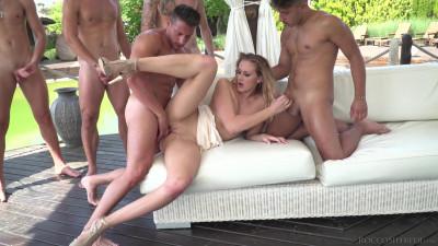 Sexy Blonde Linda LeClair Enjoys a Gang Bang