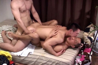Amateur - Hot Asian Threesome