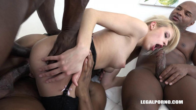 Interracial gangbang for Ria Sunn with DP