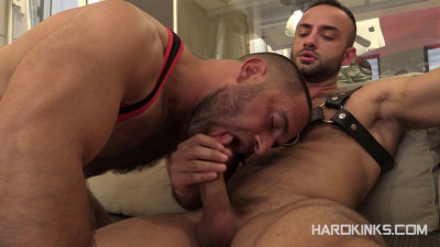 Turning Tables Edu Boxer Hugo Vergari — Brutal Gays HD 720p
