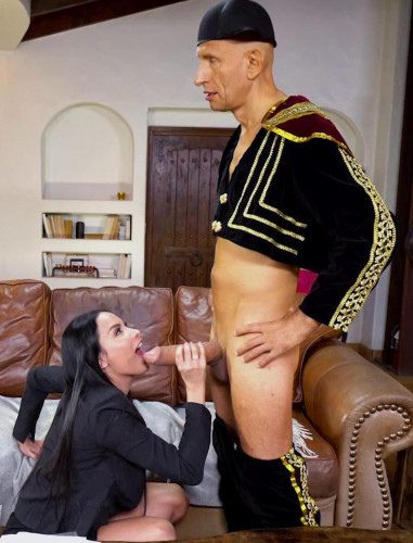 Anissa Kate – Takes On Her Biggest Cock FullHD 1080p