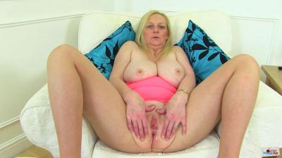 Big ass milf in pink dress fiona masturbates