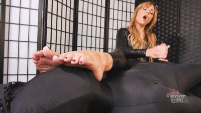 Bratty Foot Girls - Jenny Jett's Edging Feet In Face Handjob