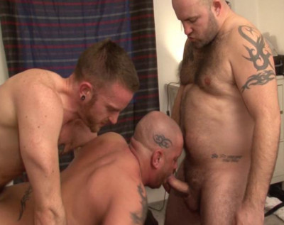Tough Orgy With Many Hot Bears