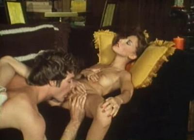 Description Blue Confessions(1983)- Loni Sanders, Andrea Lange, Serena