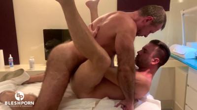 Bleshporn – Tim Blesh Private Massage