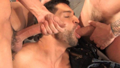 Muscle Men In Rough Anal Collection