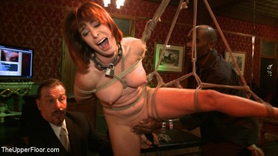 Submissive house slaves squirt on the bar and serve sadistic guests