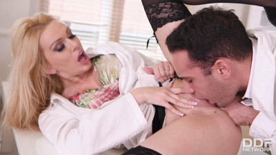 Amber Jayne – Hot Nurse Needs Doc's Dick