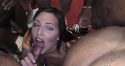 Jamie Rae Enjoys A Bukkake With Crystal