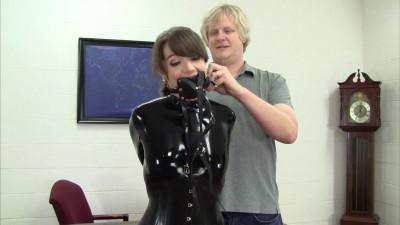 Elizabeth Andrews – Cat Suit Playtime With Mr Big Boss