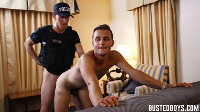 Busted B - Valentino Nappi