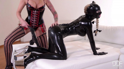 Kayla Green And Latex Lucy
