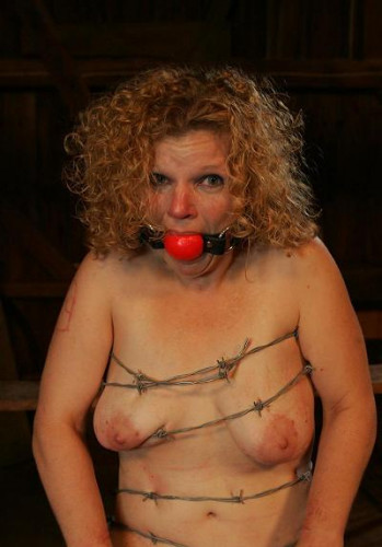Barbed wire for slave