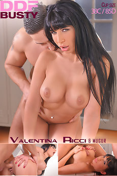 Valentina Ricci — Rubbing His Rod: Busty Masseuse Stuffs Deep Throat With Cock FullHD 1080p