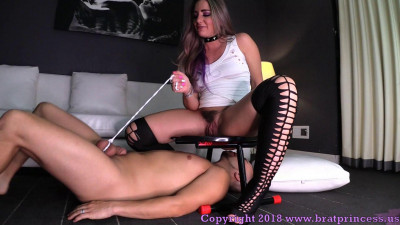 Brat Princess - Savannah - Get Under the Chair and Lick It