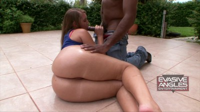 Nikki Stone - Big Butt White Teen (2015)
