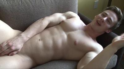 Pumping Muscle – Tyson D