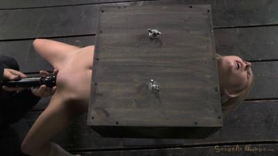 Description Tiny Odette Delacroix turned into blowjob box