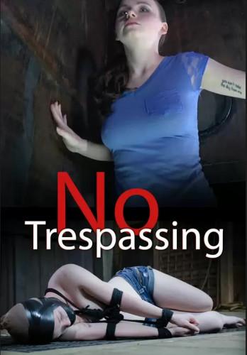 No Trespassing – Maxxx Maven
